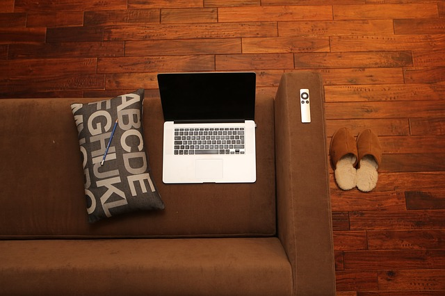 home-office-569153_640
