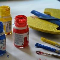 Dekoracja domu obrazami młodych artystów