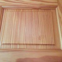 Jak wybrać drewniane drzwi do mieszkania?